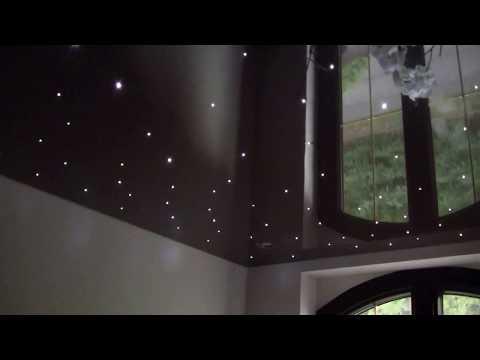 Sufity napinane z gwiezdnym niebem, montaż sufitów w łazience, wyjątkowe dekoracje łazienek, pokoi