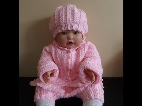 ... con capucha para bebe de 6 a 9 meses tejido en dos agujas o palitos