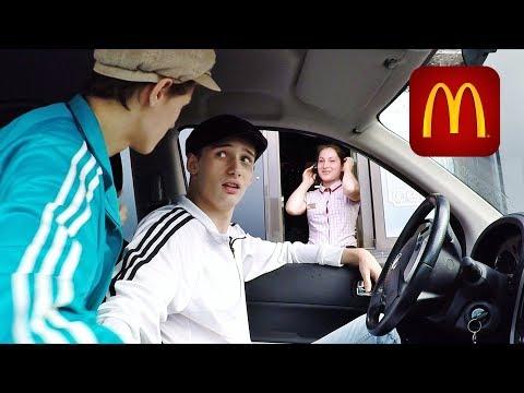 ПРАНК в МакАвто 4 - СЕМЕЧКИ ЕСТЬ? (видео)