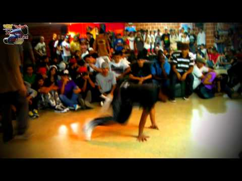 Knock Out 2011. B.boy Sirix vs B.boy Jim. Semifinal. Urban Flow.