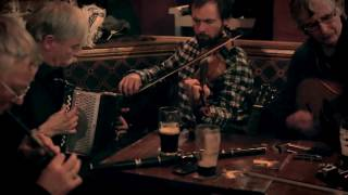 Limerick Ireland  City new picture : Dolan's pub (Limerick, Ireland) - Irish Traditional Music Session