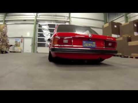 BMW E12 - stance.