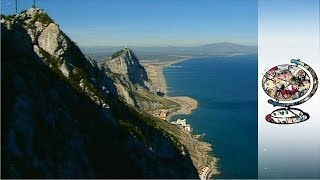 Returning the Rock (2002): It's 300 years since Gibraltar was handed over to the British, and controversy has erupted between Spain and Britain once again.