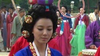 Video 15 Funny Mistakes in Korean Drama MP3, 3GP, MP4, WEBM, AVI, FLV September 2018