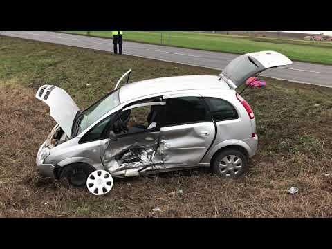 Wideo1: Zderzenie aut w Kunowie