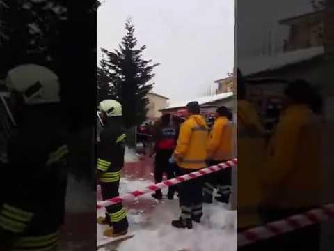 Konya'nın Meram İlçesi'nde cami tavanı çöktü!