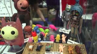 Nonton Comic Con   Giant Robot Booth Tour   Comic Con 2012 Film Subtitle Indonesia Streaming Movie Download