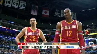 """Dwight Howard asks Clippers if they """"paid the refs off"""" during technical foul."""