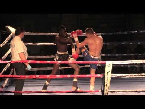 Velada Anaitasuna Asier-Joao Gustavo (2º asalto)