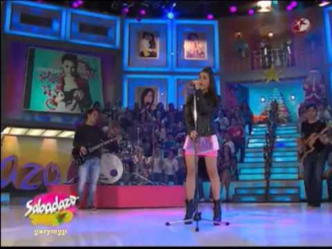 Danna Paola en Sabadazo Cantando Todo fue un Show en Vivo
