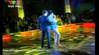 YouTube - Bước nhảy Hoàn Vũ 2011 - Vũ Thu Phương & Huy Khánh.flv