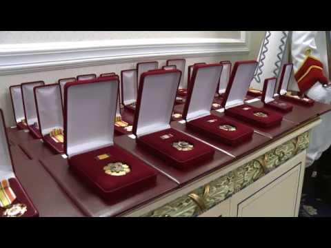 Președintele Igor Dodon a conferit înalte distincții de stat unui grup de cetățeni ai Republicii Moldova