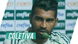 Veja como foi a entrevista coletiva do volante Thiago Santos após o treino desta quinta-feira na Academia de Futebol.-------------------------------------------Assine o Premiere e assista a todos os jogos do Palmeiras AO VIVO, em qualquer lugar, na TV ou no Premiere Play: http://bit.ly/1myhErs E se você já assina, participe da pesquisa e diga que seu time é o Palmeiras: http://bit.ly/2ad5HJo------------------------Seja Sócio Avanti, com desconto em ingressos e privilégios exclusivos! Clique aqui: http://bit.ly/1uKJsbA