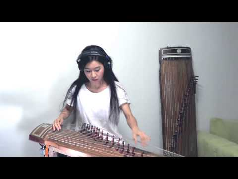 Asian Girl Creates A Delightful Cover Of AC/DC's 'Back In Black' On A Gayageum