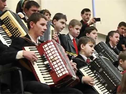 Amiuna vol.03.Orchestra Bisericii Penticostale Dobric.flv