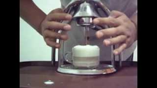 ROK esPresso untuk Latte atau Cappucino - SurabayaPresso Video
