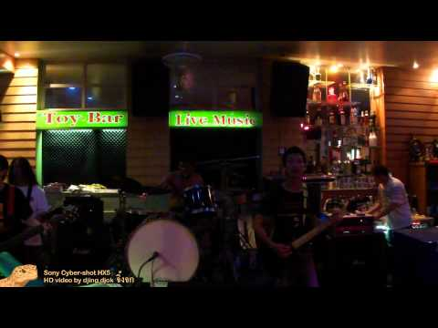 Thailand – Pattaya – Live Music – Toy Bar – Scorpions – Still loving you – HD 1920×1080