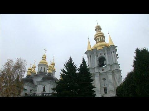 Ιερείς ή κατάσκοποι της Ρωσίας;