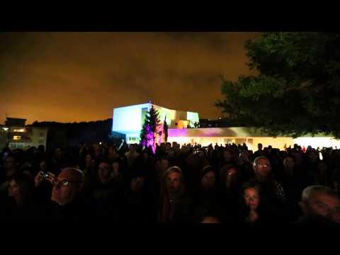 Actuación Dry Martina. Noche en Blanco OMAU 2013. Dos
