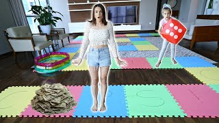 Video GIANT BOARD GAME CHALLENGE! *Winner Gets $$$$$* MP3, 3GP, MP4, WEBM, AVI, FLV September 2019