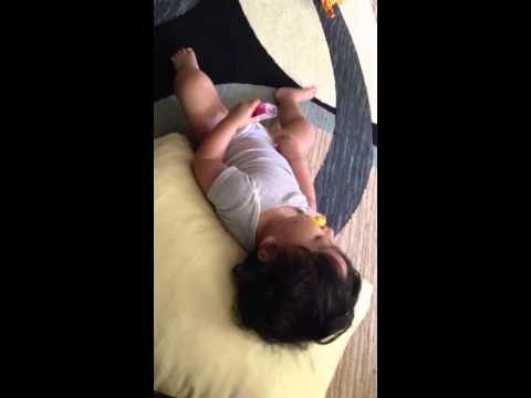 Baby playing with himself lol