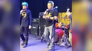 Video Manja Kekasihku (cover by Awie and Gmie ) MP3, 3GP, MP4, WEBM, AVI, FLV Juni 2019
