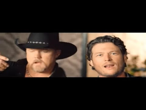 Blake Shelton – Hillbilly Bone [feat. Trace Adkins] (Official Video)
