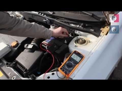 Напряжение генератора зарядки автомобильного аккумулятора фотография