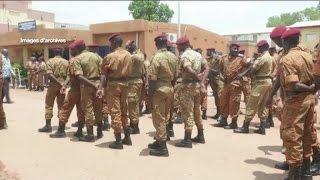 Politique, BFA: Arrestation ce mardi de Djibril Bassolé Abonnez-vous à la chaine: http://bit.ly/1ngI1CQ AFRICA24: La première chaîne mondiale d'information ...
