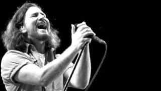 Nonton Pearl Jam   In Hiding  Live On Ten Legs 2011  Film Subtitle Indonesia Streaming Movie Download