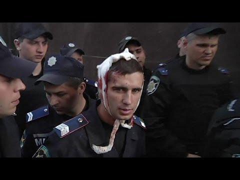 La ruée des pro-russes sur le Parquet de Donetsk