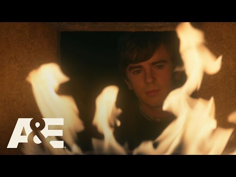 Bates Motel: Romero Finds Norman and Norma Unconscious | Season Finale Monday 9/8c | A&E