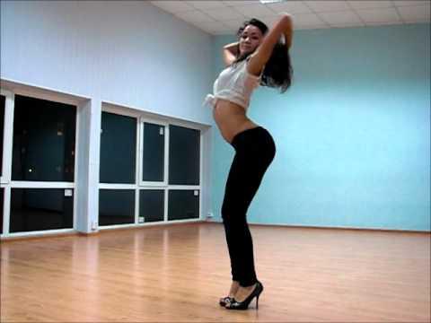 Go-Go - суперпластичный клубный танец