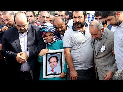 Τουρκία: Θρήνος και οργή στις κηδείες των θυμάτων της επίθεσης στην Άγκυρα