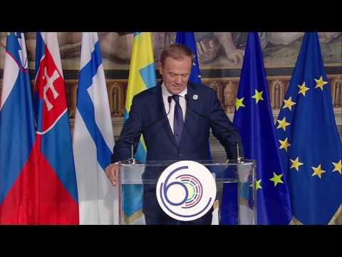 Τουσκ: Η Ε.Ε. είτε θα παραμείνει ενωμένη είτε δεν θα υπάρχει