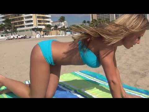 Full Body Bikini Workout w HOT Fitness Model!