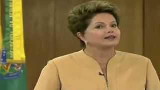Chuck Norris assiste o discurso da Dilma Rousseff (Comédia)
