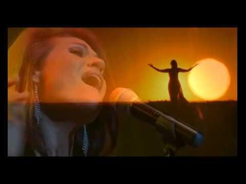 I Hold The Sun (Live)