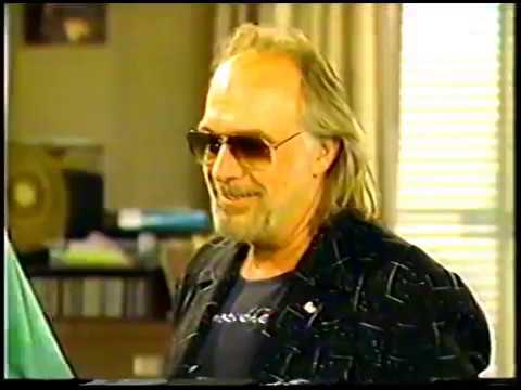 "The New WKRP In Cincinnati: ""Moss Dies"" Clip  Episode 35"