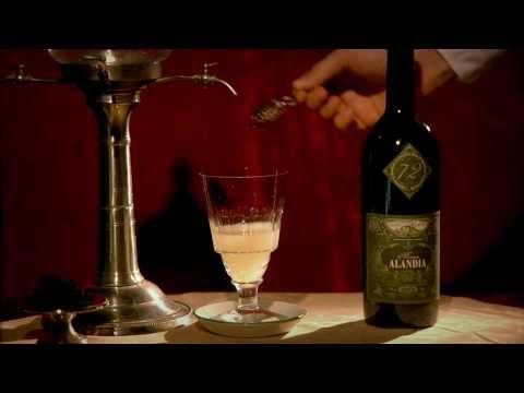 Absinthe Maison ALANDIA Louche Video