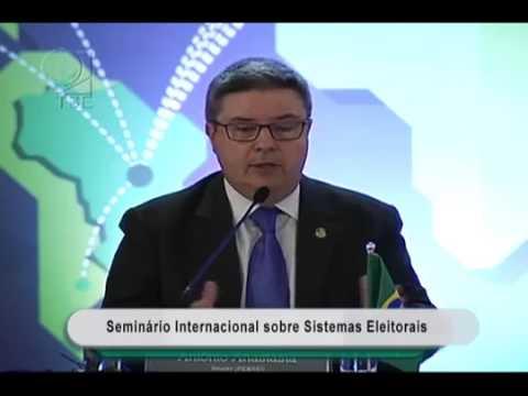 Antonio Anastasia defende cláusula de barreiras e fim das coligações em eleições proporcionais