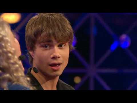 Tekst piosenki Alexander Rybak - Something stupid po polsku
