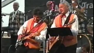Die Oldies Night am Donnerstag Abend beim Bezirksmusikfest Egg im Jahr 2002