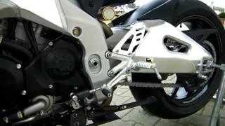 8. Aprilia RSV4 R  APRC -11 Motorrad weiss 2011