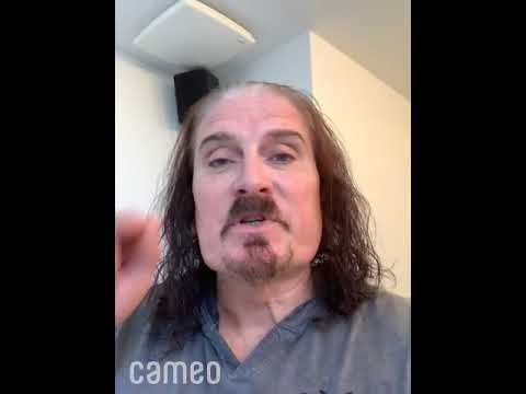 """James LaBrie singing """"Pull Me Under"""" on Cameo"""