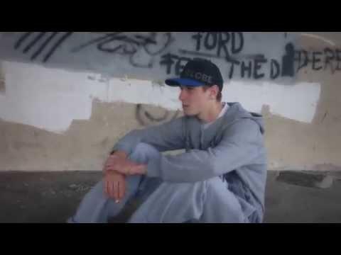 Dave x RO - Elakad a szavad (Official Music Video)