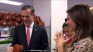 Alcalde ayuda a niños de inmigrantes- Noticias 62 - Thumbnail