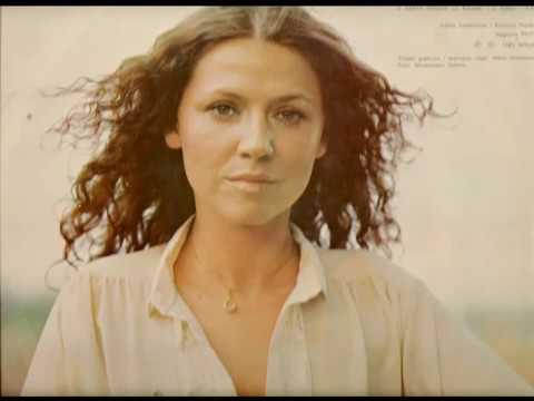 Tekst piosenki Halina Frąckowiak - Julio, nie bądź zła po polsku