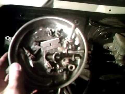 Changing sparkplugs on 02-04 Kia.wmv