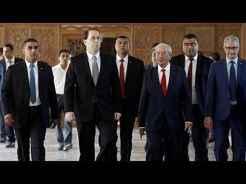 Τυνησία: Ψήφος εμπιστοσύνης στη νέα κυβέρνηση και στο βάθος… λιτότητα